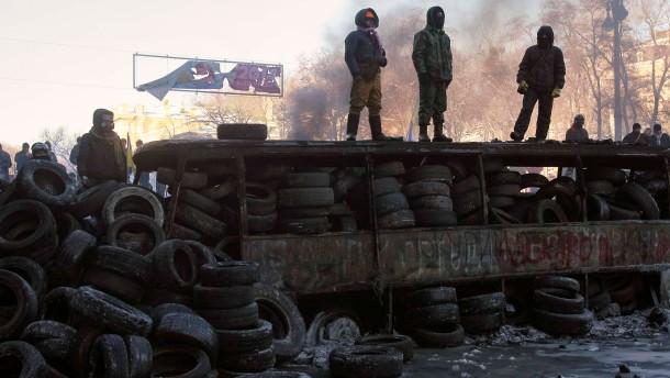 Proteste gegen Janukowitsch spalten das Land