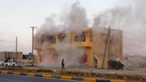 Weiter Gefechte mit Gaddafi-Getreuen