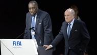 Präsident Blatter  suspendiert