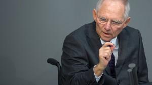 Deutschland spart viel Zins