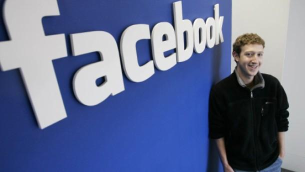 Netzwerker im Clinch: Facebook verklagt StudiVZ