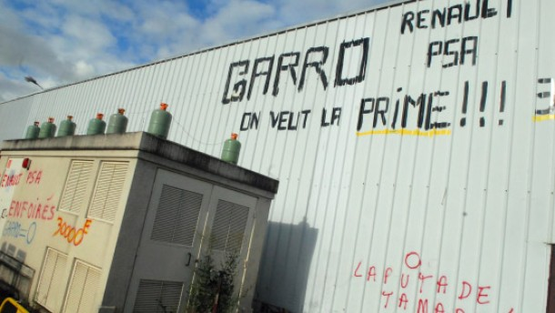 Sprengdrohung: Mehr Geld für französische Arbeiter