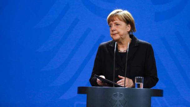 """Merkel: """"Germanwings-Absturz muss restlos aufgeklärt werden"""""""