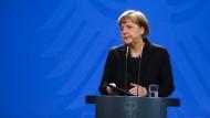 Merkel: Germanwings-Absturz muss restlos aufgeklärt werden