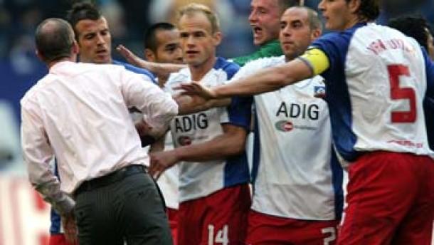 Vier Spiele Sperre für Hamburger Demel