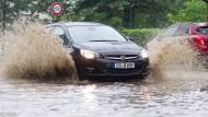 "Tief ""Alfred"" sorgt für Dauerregen"
