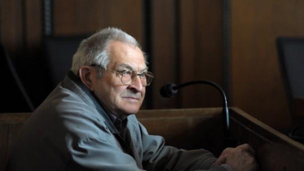 Lange Haftstrafe für 72 Jahre alten Täter