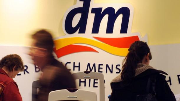 Drogeriemarktkette dm wächst in Rhein-Main kräftig