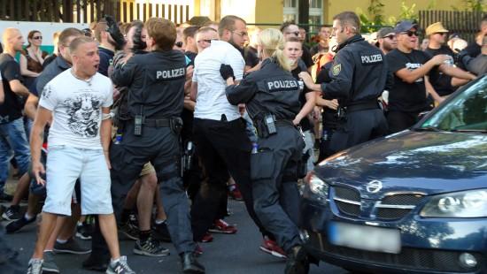 Flüchtlinge fürchten Gewalt in Sachsen