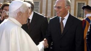 """Der """"Kaiser"""" besucht den Papst"""