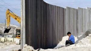 Fischer kritisiert israelischen Grenzzaun