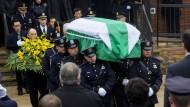 Zehntausende trauern um erschossenen Polizisten