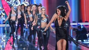 "Selena Gomez singt für die ""Engel"""