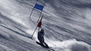 Carlo Janka liegt der Berg