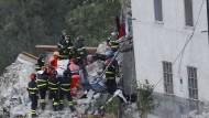 Nach Erdbeben steigt die Zahl der Toten weiter