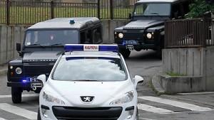 Hadzic auf dem Weg zum UN-Tribunal