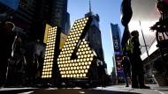 Times Square macht sich bereit für Neujahrs-Feier