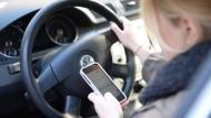 Polizei warnt vor Smartphones am Steuer