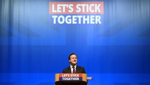 Cameron ködert Schotten mit neuen Zugeständnissen