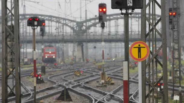 Spitzentreffen von Bahn und Lokführern