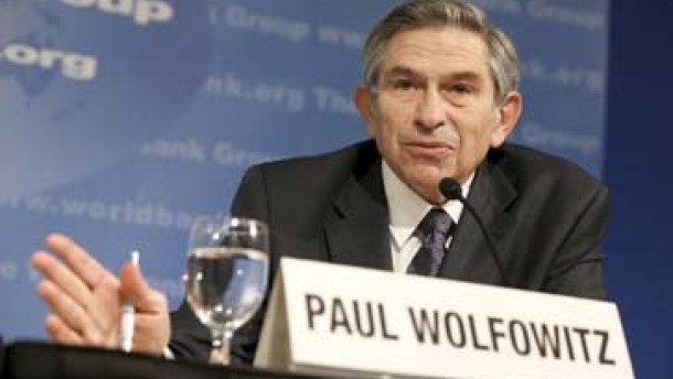 Wolfowitz will bleiben