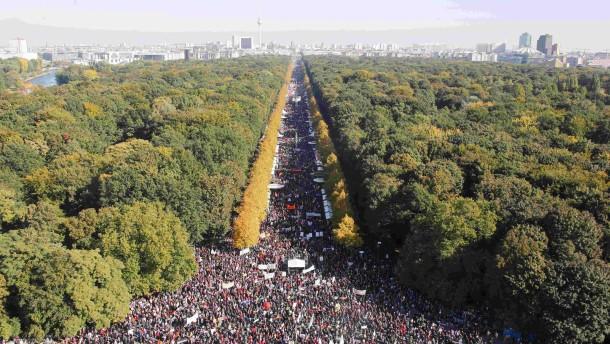 Riesige Demo gegen TTIP und Ceta