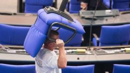Stühlerücken im Bundestag