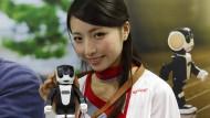 Roboter als Ping-Pong-Partner und Handy-Ersatz