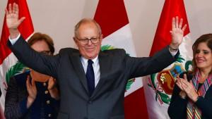 Investmentbanker Kuczynski gewinnt Präsidentenwahl in Peru