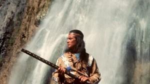 Spielen Cowboy und Indianer
