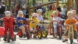 Kindergeld steigt, Kfz-Steuer geht an den Bund