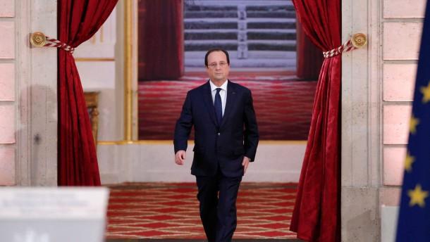 Hollande entlastet Arbeitgeber um 30 Milliarden Euro