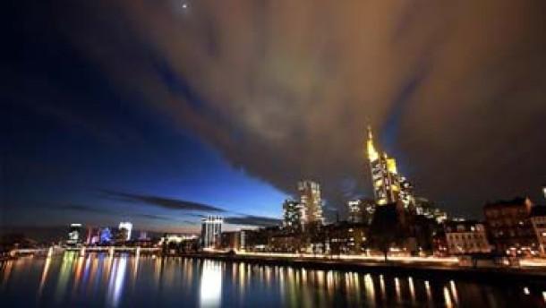 Frankfurter Skyline auf dem neuen Monopoly-Brett