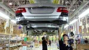 Daimler baut Motorenwerk in China