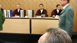 BGH stellt Freisprüche im Mannesmann-Prozeß in Frage