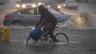 Unwetter halten Kalifornien in Schach