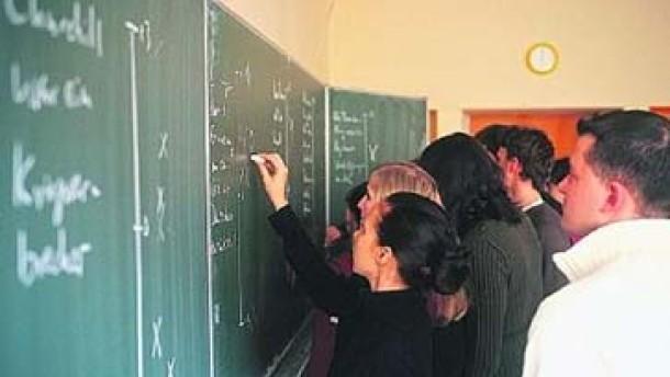 Immer mehr Schüler an Gymnasien