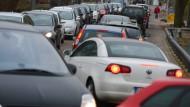 Die Aussichten für Wetter, Verkehr und Benzinpreise