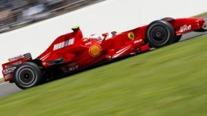 Räikkönen vermasselt Hamilton das Heimrennen