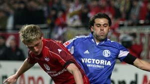 Schalke stürmt den Betzenberg