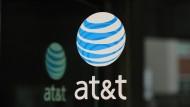 Vorbehalte gegen Time-Warner-Kauf durch AT&T