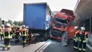 Zwischen beiden Lastern starb diese Woche ein Motorradfahrer auf der A3 nahe Hösbach