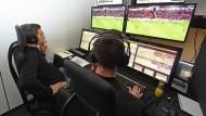 Videobeweis für die Bundesliga auf gutem Weg