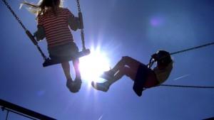 Länder billigen Konjunkturpaket -<BR/>und stoppen vorerst höheres Kindergeld