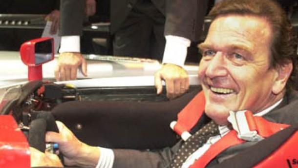Schröder gegen Vorziehen von schärferer Abgasnorm Euro V