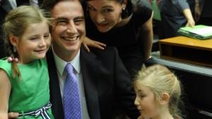 McAllister zum Ministerpräsidenten gewählt