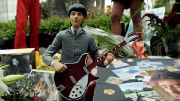 Tränen beim Gedenkkonzert für George Harrison