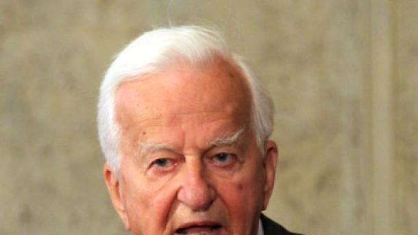 Weizsäcker plädiert für freie Wahl
