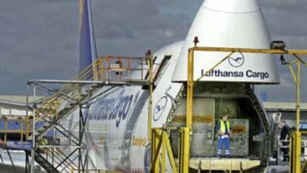 Lufthansa Cargo besteht auf Nachtflügen
