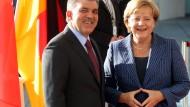 Die Bundeskanzlerin empfängt den türkischen Staatspräsidenten Gül am Dienstag vor dem Kanzleramt